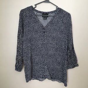 Cynthia Rowley XL Blue and White Patterned Top